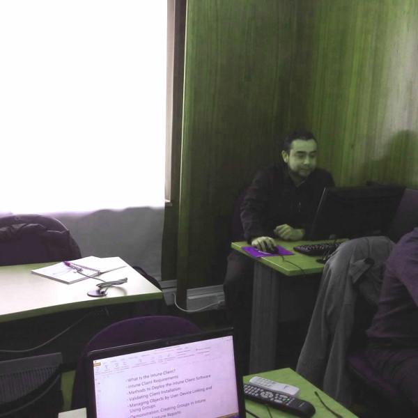 Curso Deploying and Managing Windows 10 Using Enterprise Services,Entel